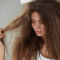Cara Memilih Shampoo Untuk Rambut Kering Yang Tepat